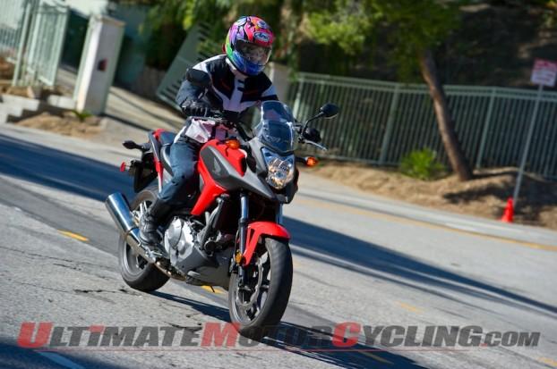 2014-Honda-NC700X-Test-Curve