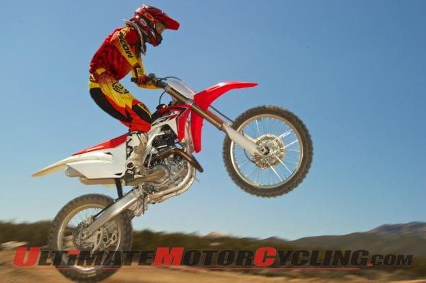 2014-Honda-CRF450R-wheelie