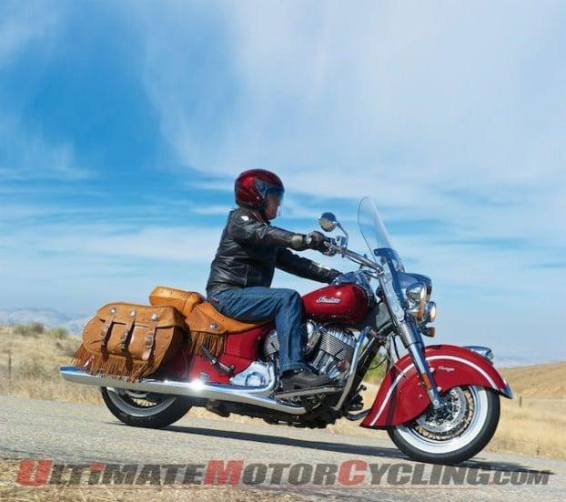 2014-harley-road-king-vs-indian-chief-bagger 2