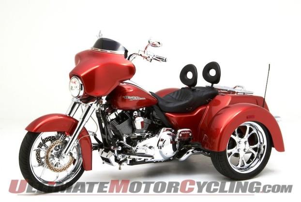 2014-harley-street-glide-trike-corbin-seat 1