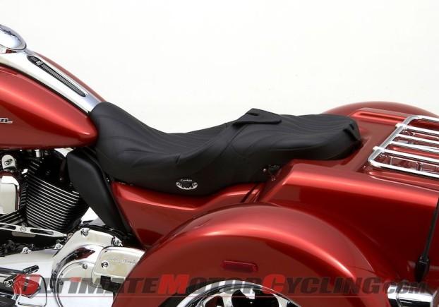 2014-harley-street-glide-trike-corbin-seat 2