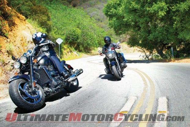 2014-triumph-roadster-iii-vs-honda-valkyrie 3