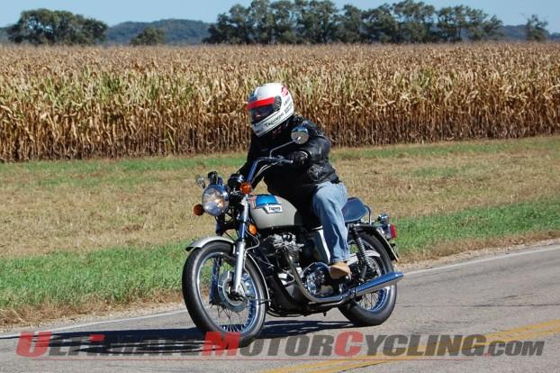 2014-triumph-silver-jubilee-motorcycle-tales 7