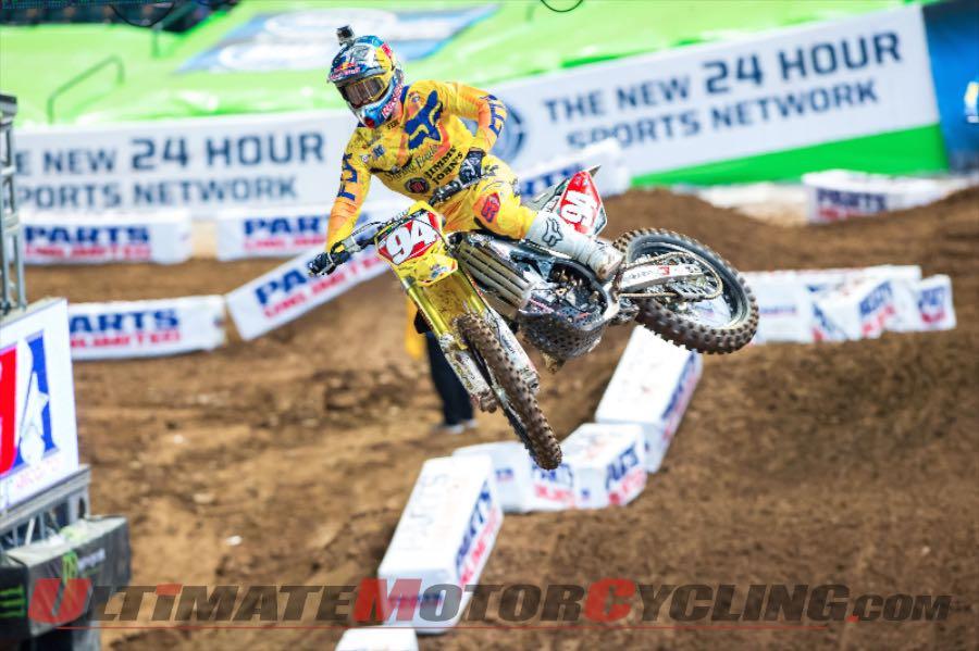 Suzuki's Ken Roczen at Phoenix Supercross