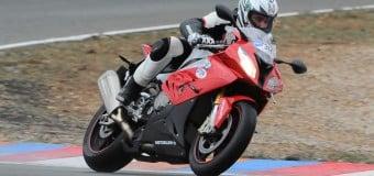 Metzeler Sportec M7 RR Test   Review from Rainy Spain