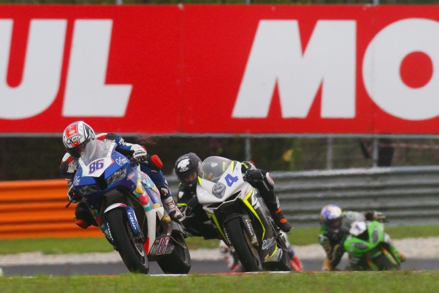 2016 Sepang Supersport Results | Honda's Badovini Beats Home Hero