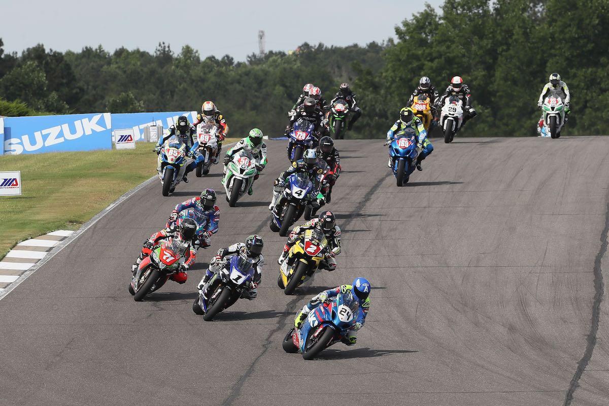 2016 Barber MotoAmerica Superbike Results Suzuki's Toni Elias leads