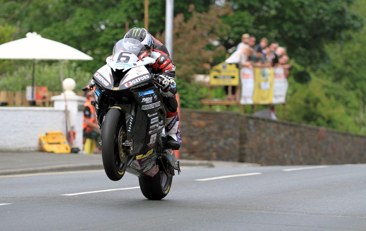2016 Isle of Man Senior TT Results | Anyone See BMW's Dunlop?