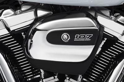 2017 Harley-Davidson Milwaukee-Eight Motor - filter cover