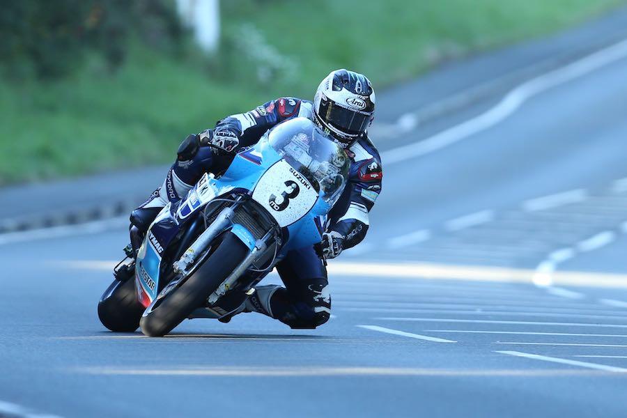 XR69 Pilot Dunlop Tops Opening Classic TT Superbike Practice