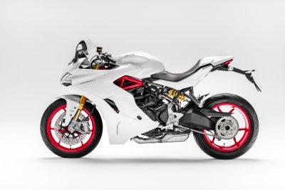 2017 Ducati SuperSport profile white
