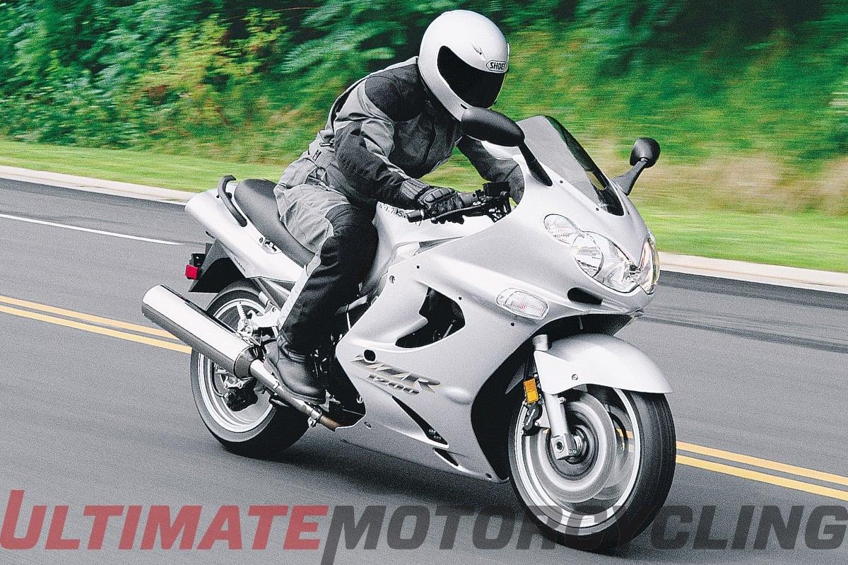 2004 Kawasaki ZZR1200 Retro Review | Digging Into Archives