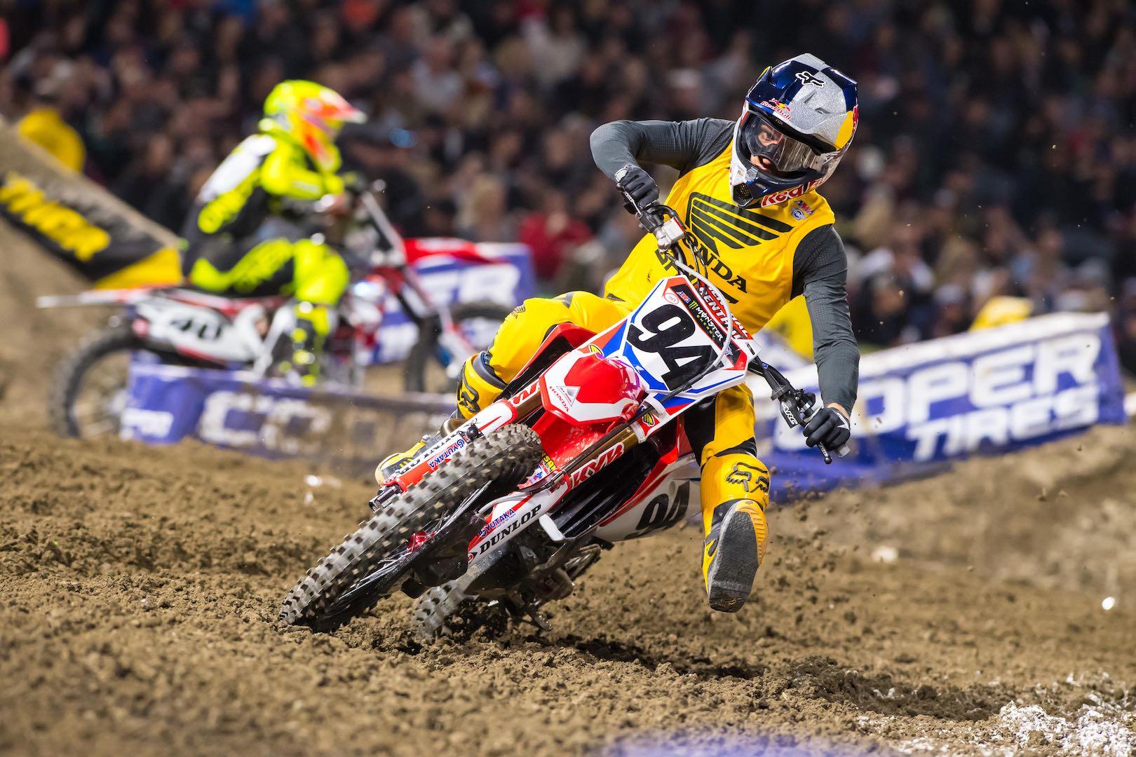 Honda's Ken Roczen leads into San Diego Supercross