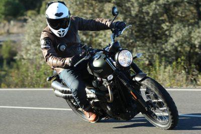 2017 Triumph Street Scrambler Review: top speed