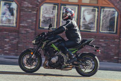 2017 Kawasaki Z900 Review | Replacing A Legend