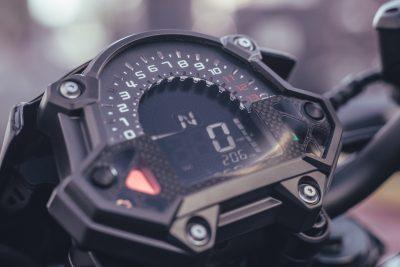 2017 Kawasaki Z900 Review gauges