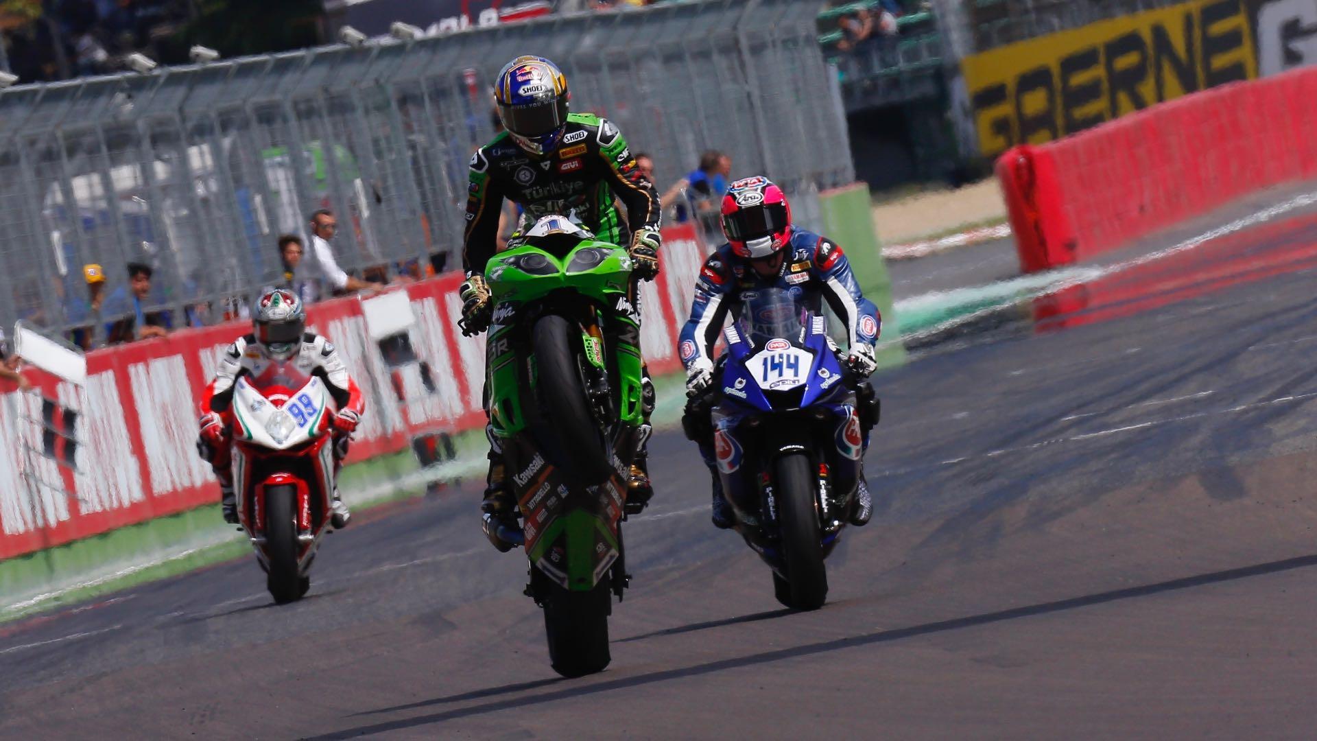 2017 Imola World Supersport: Kawasaki's Sofuoglu wins