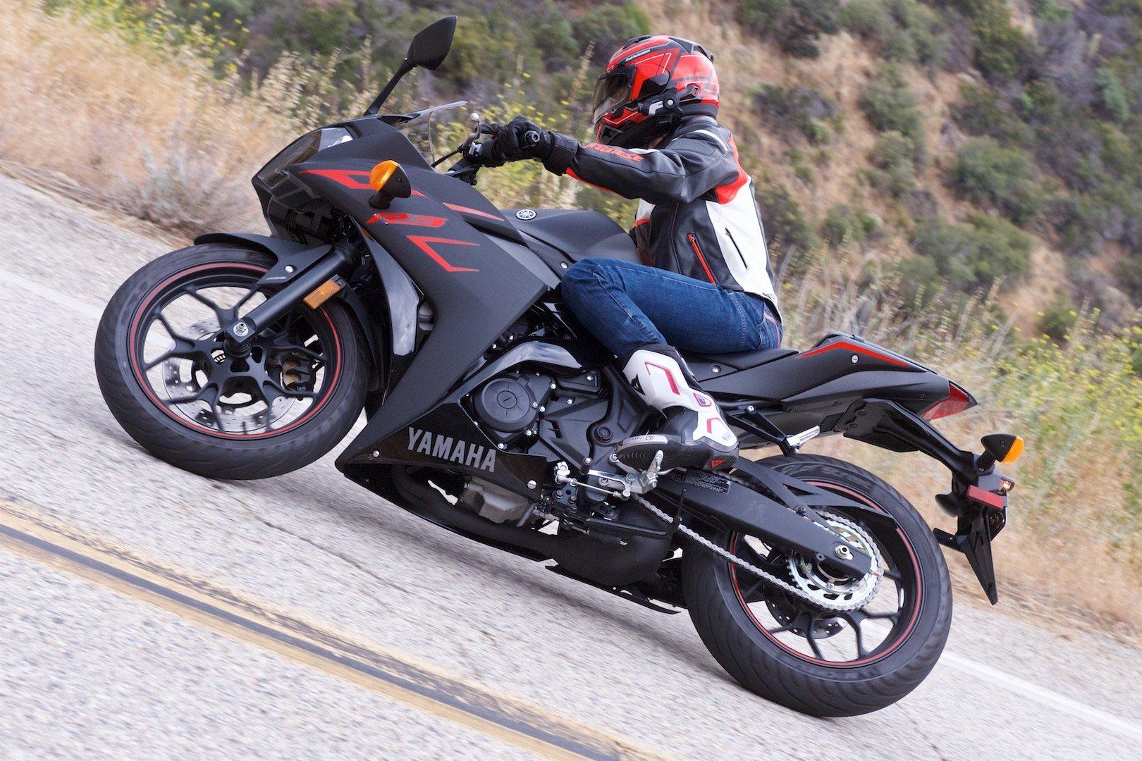 2017 Yamaha YZF-R3 top speed