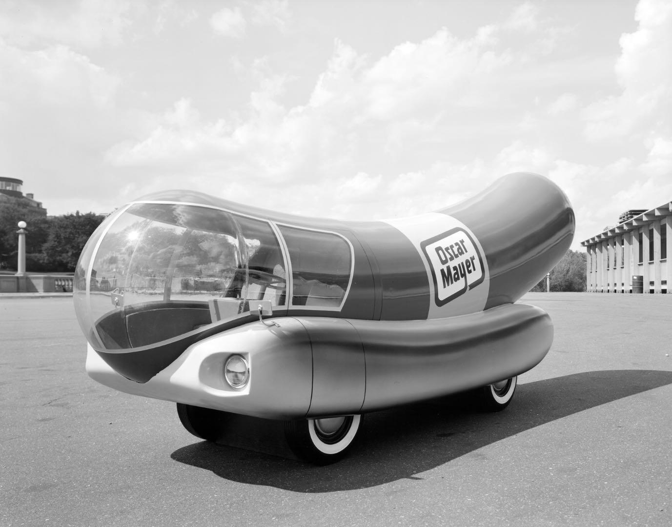 Oscar Mayer Wienermobile, 1958