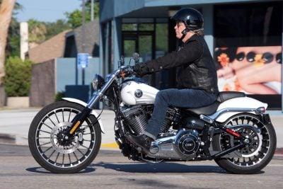 2017 Harley-Davidson Softail Breakout Test