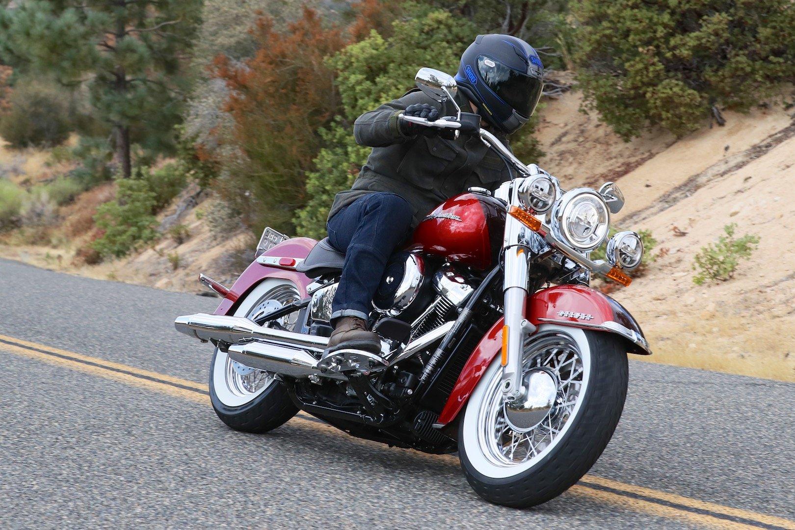 Harley Davidson: 2018 Harley-Davidson Deluxe Review