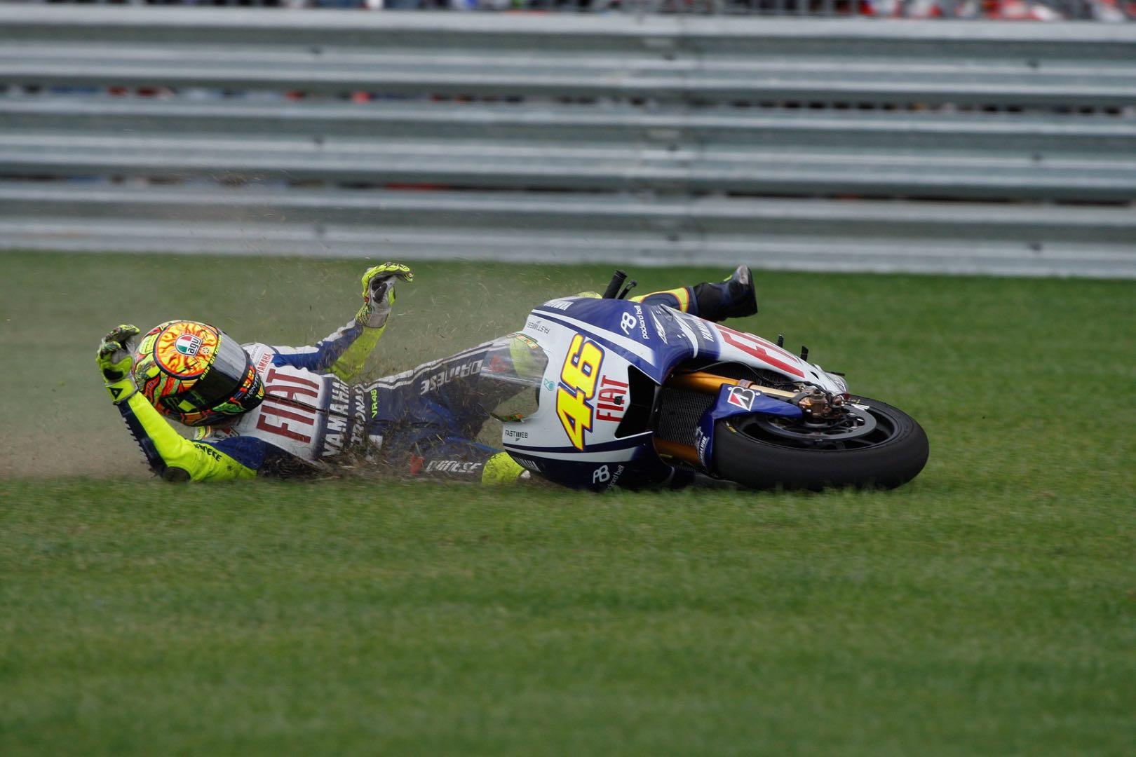 Airbag Motorcycle Suits Now Mandatory in 2018 MotoGP