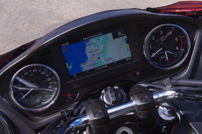 2018 Yamaha Star Venture gauges GPS