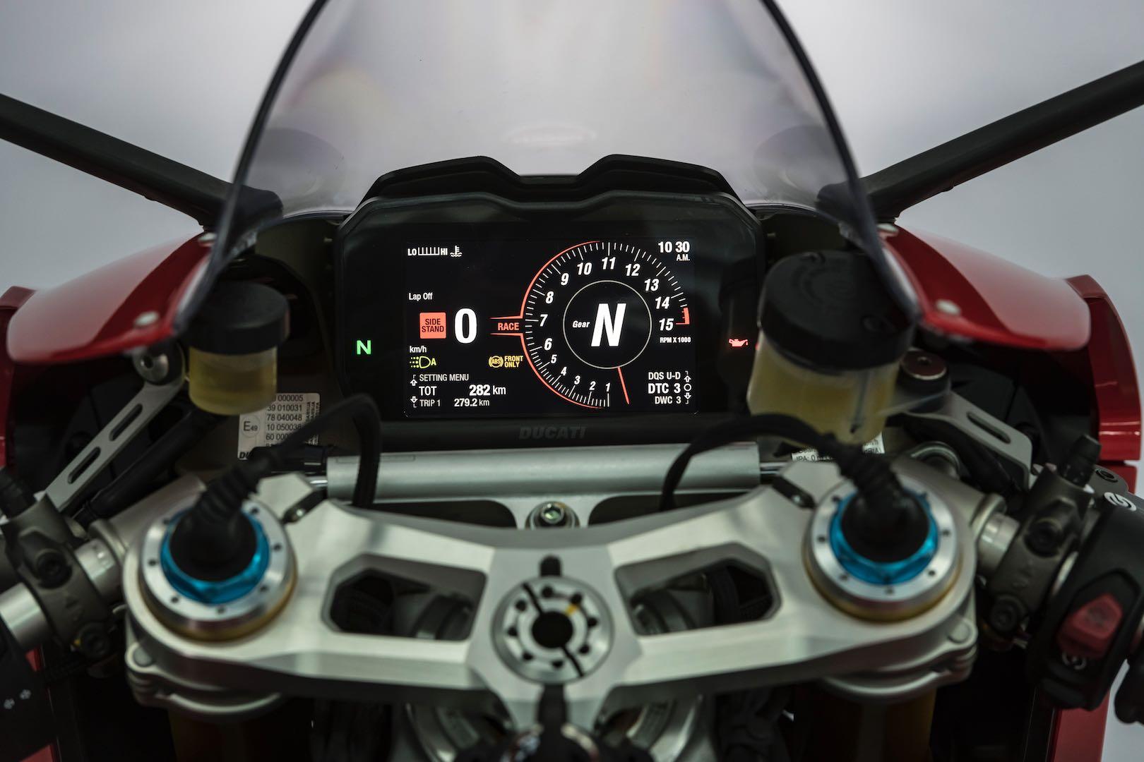gauge layout