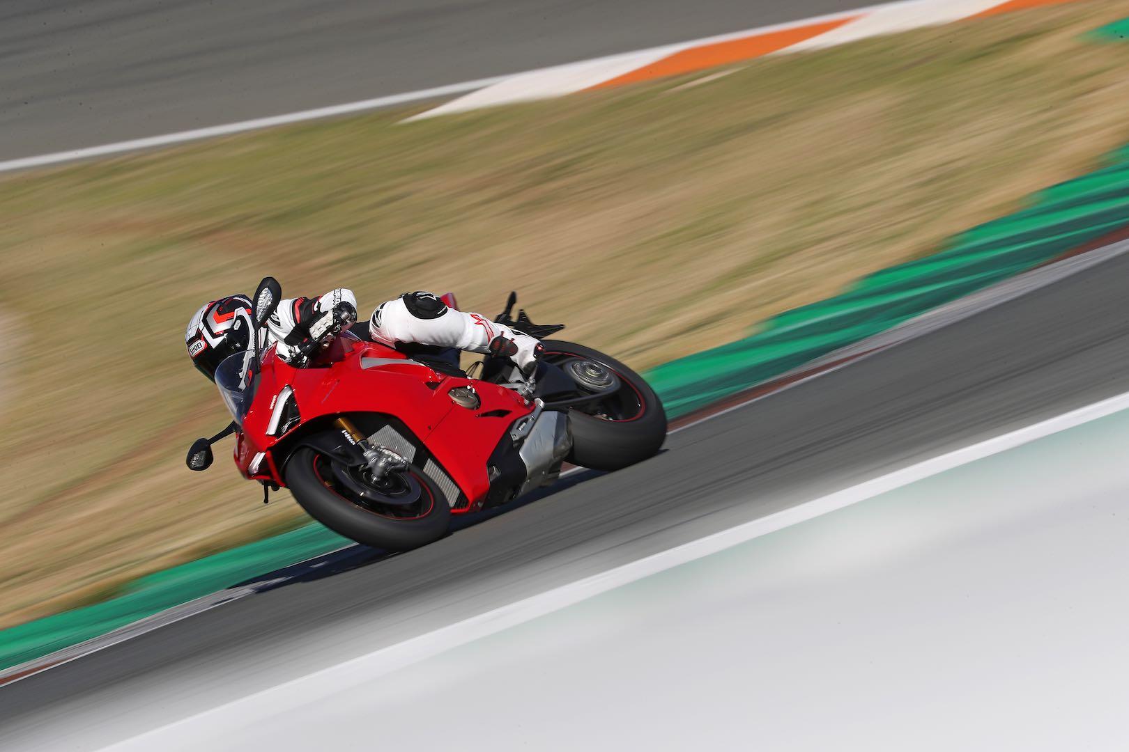 Ducati Panigale V4 agility