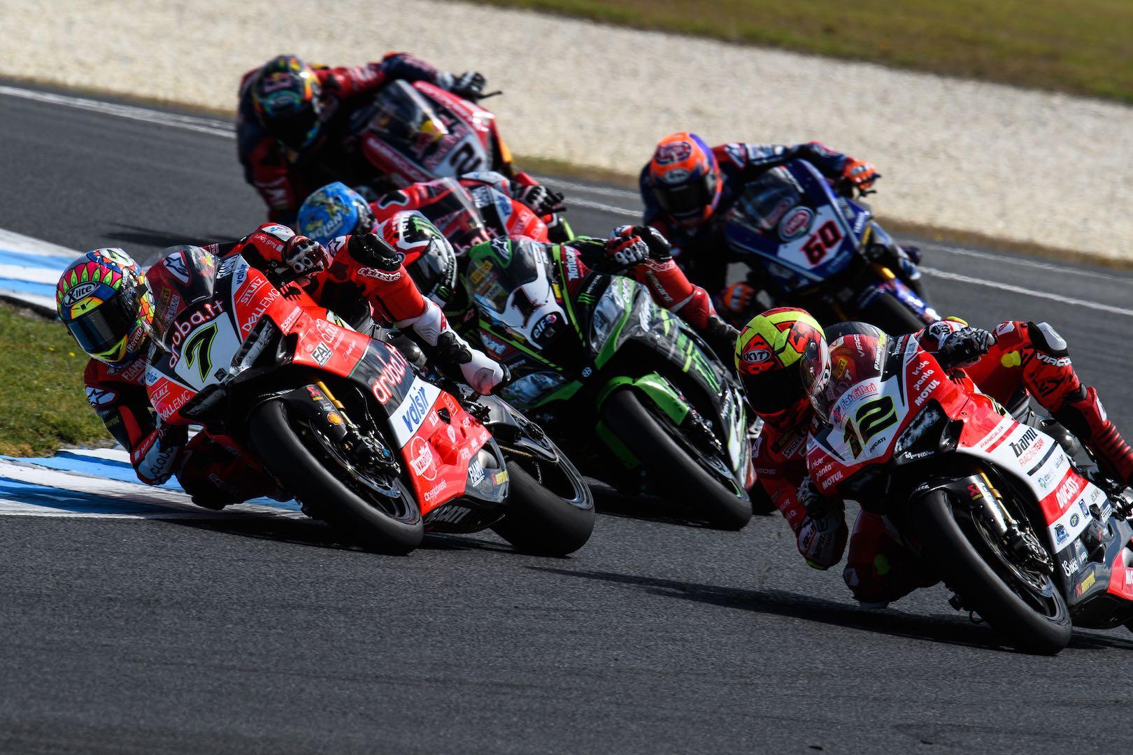 2018 Phillip Island World Superbike Results Ducati's Chaz Davies battles with Rea