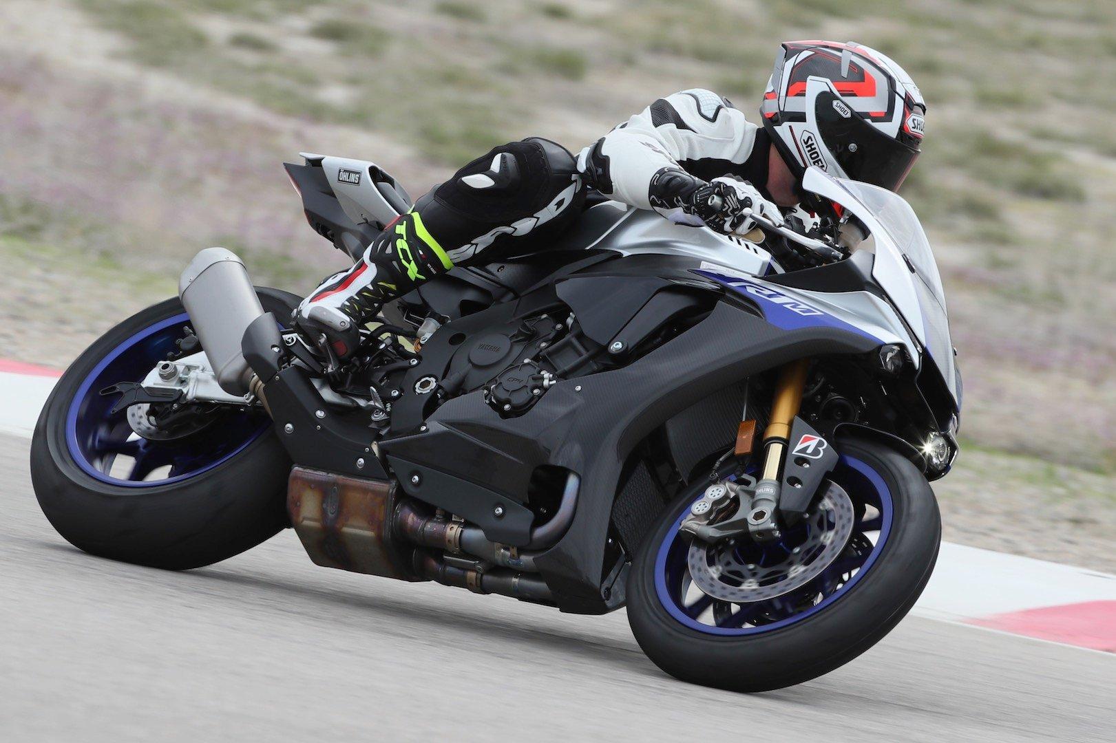 Bridgestone Battlax Racing R11 Tire Review: Track-Ready DOT