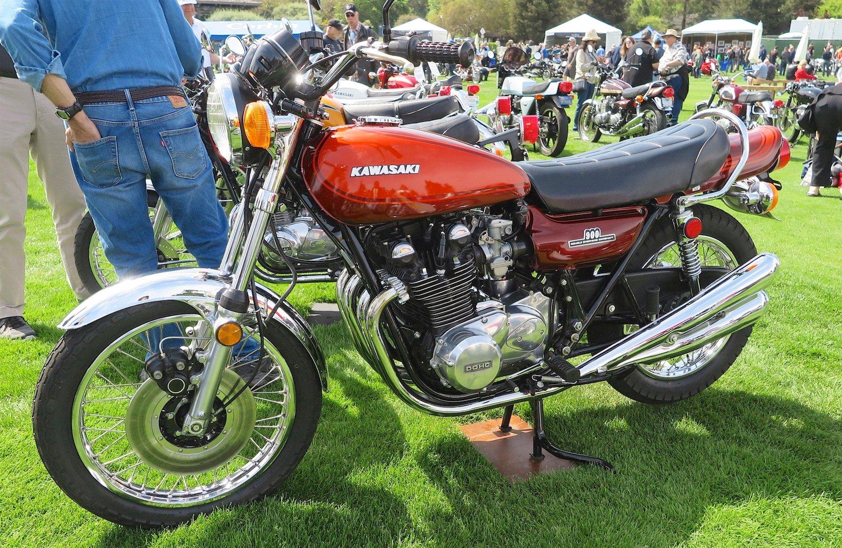 Riding the Kawasaki Z900RS to the Quail Z1