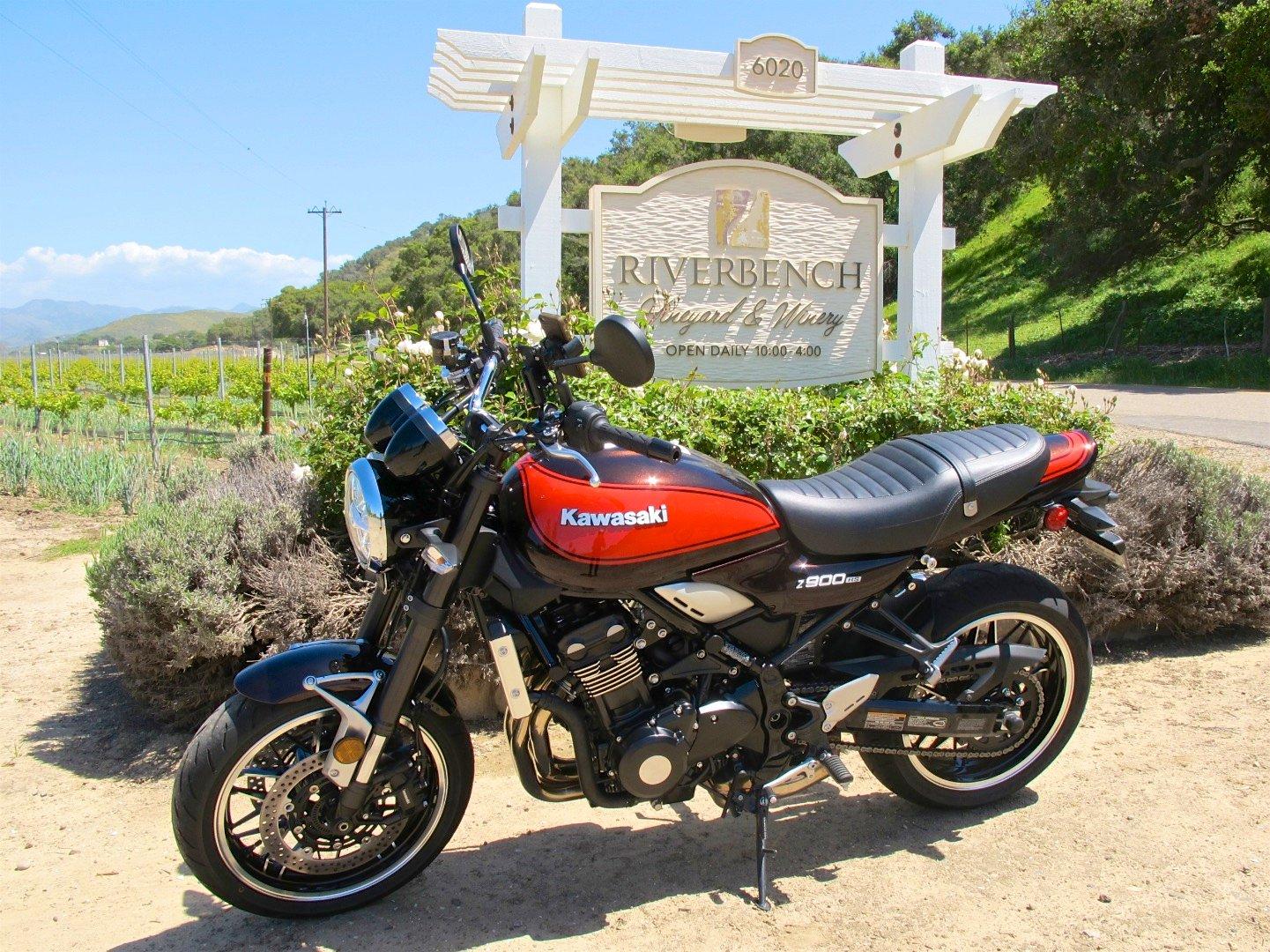 Riding the Kawasaki Z900RS to the Quail Z900RS