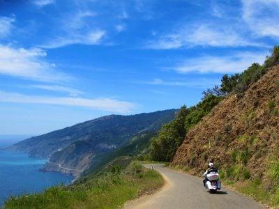 Riding the Kawasaki Z900RS to the Quail the coast