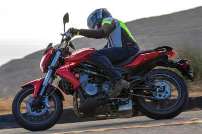 2019 Benelli Tornado TNT 300 Review - sport motorcycle