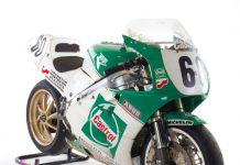 Honda RC30 Celebrates 30 Years of Iconic V4 History (Classic TT)