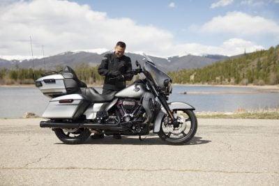 2019 Harley-Davidson CVO Limited rider