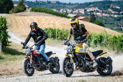 2019 Ducati Scrambler Icon riding