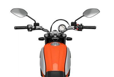 2019 Ducati Scrambler Icon gas capacity