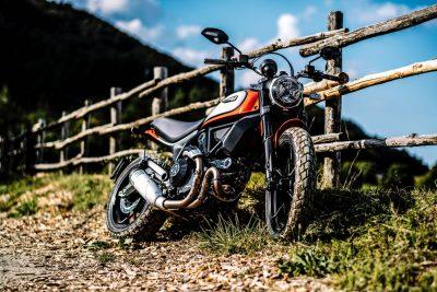 2019 Ducati Scrambler Icon riding style