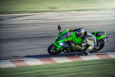 2019 Kawasaki ZX-10R race track