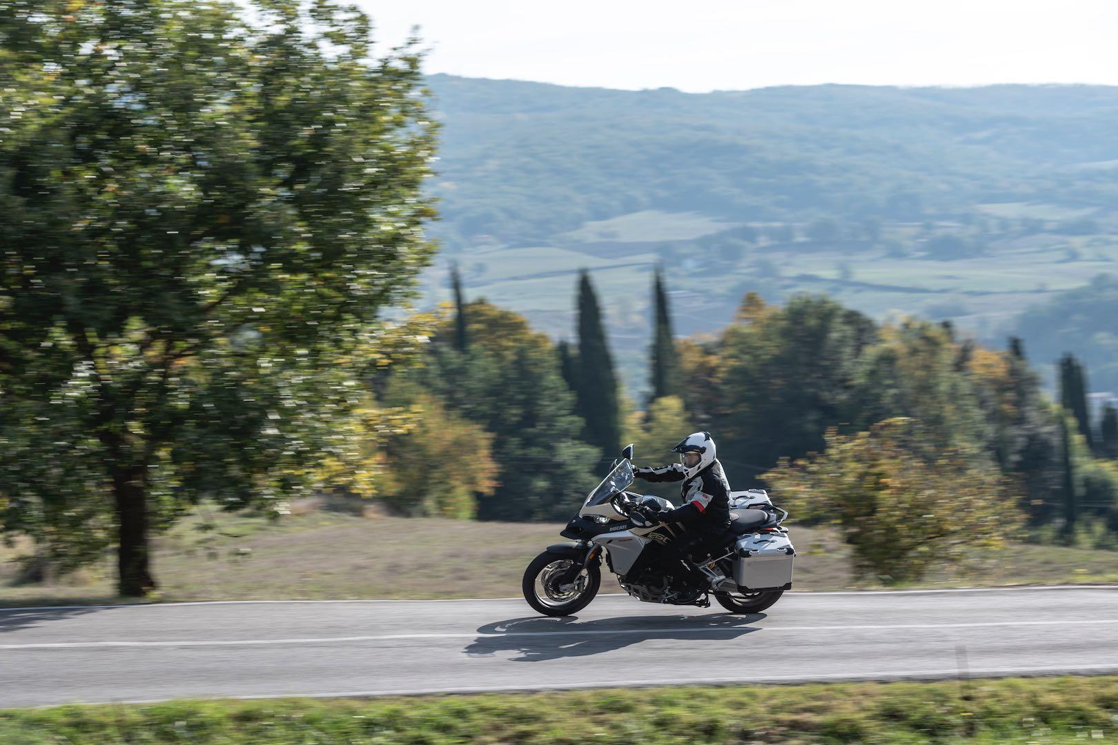 2019 Ducati Multistrada 1260 Enduro Tuscanny Review