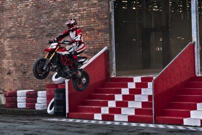 2019 Ducati Hypermotard 950 in action SP