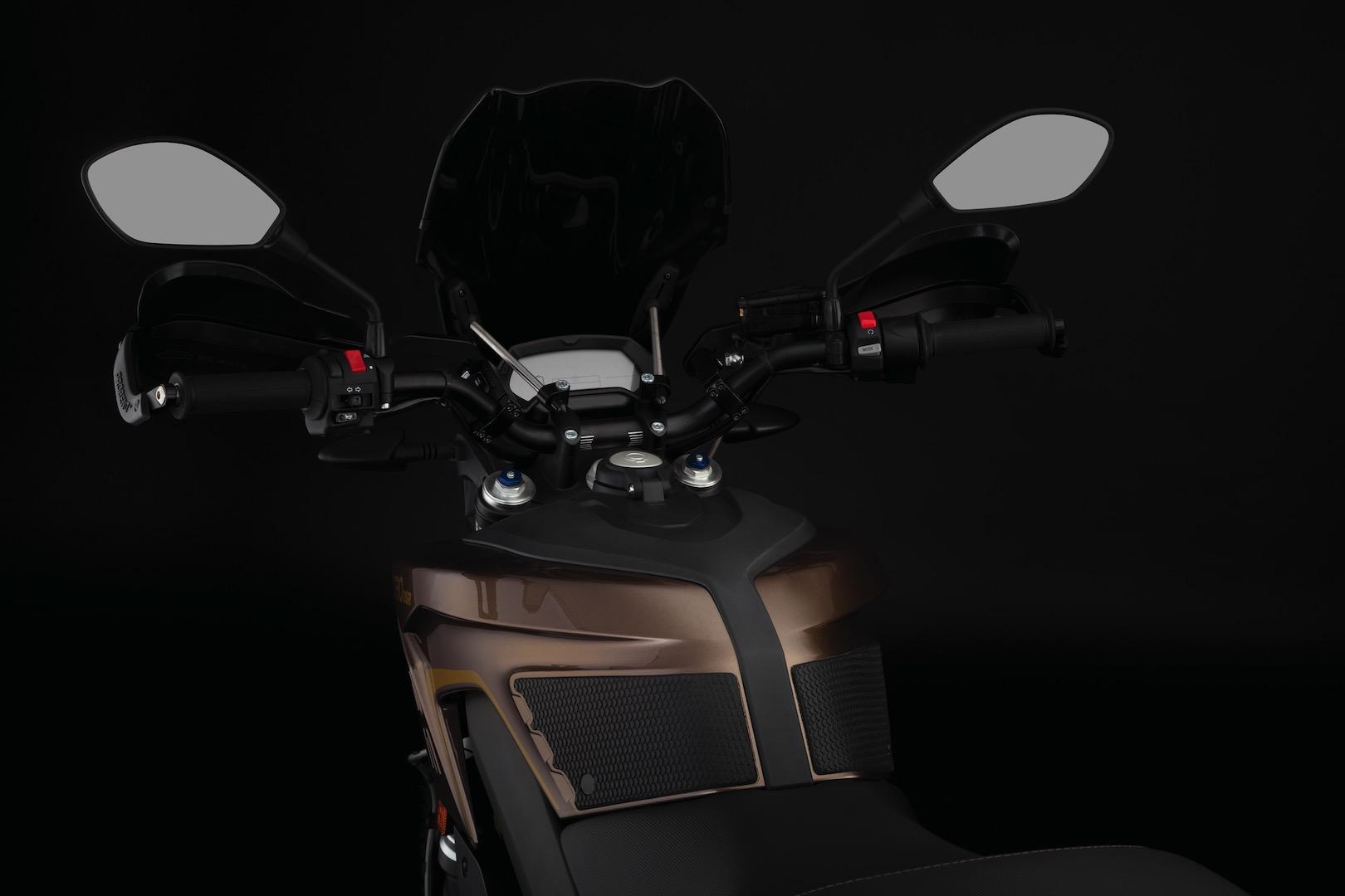 2019 Zero DSR cockpit