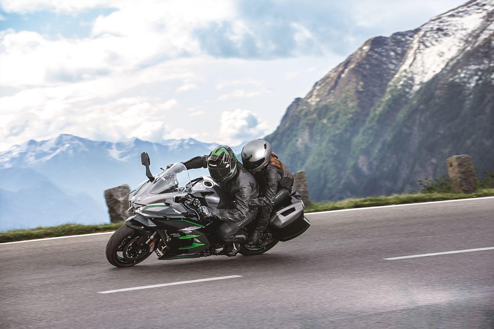 2019 Kawasaki H2 SX SE+ two up touring