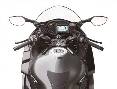 2019 Kawasaki H2 SX SE+ cockpit
