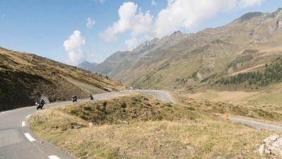 Riding Spain's Pyrenees & Aragón Circuit with Leod Escapes Coldu Tourmalet
