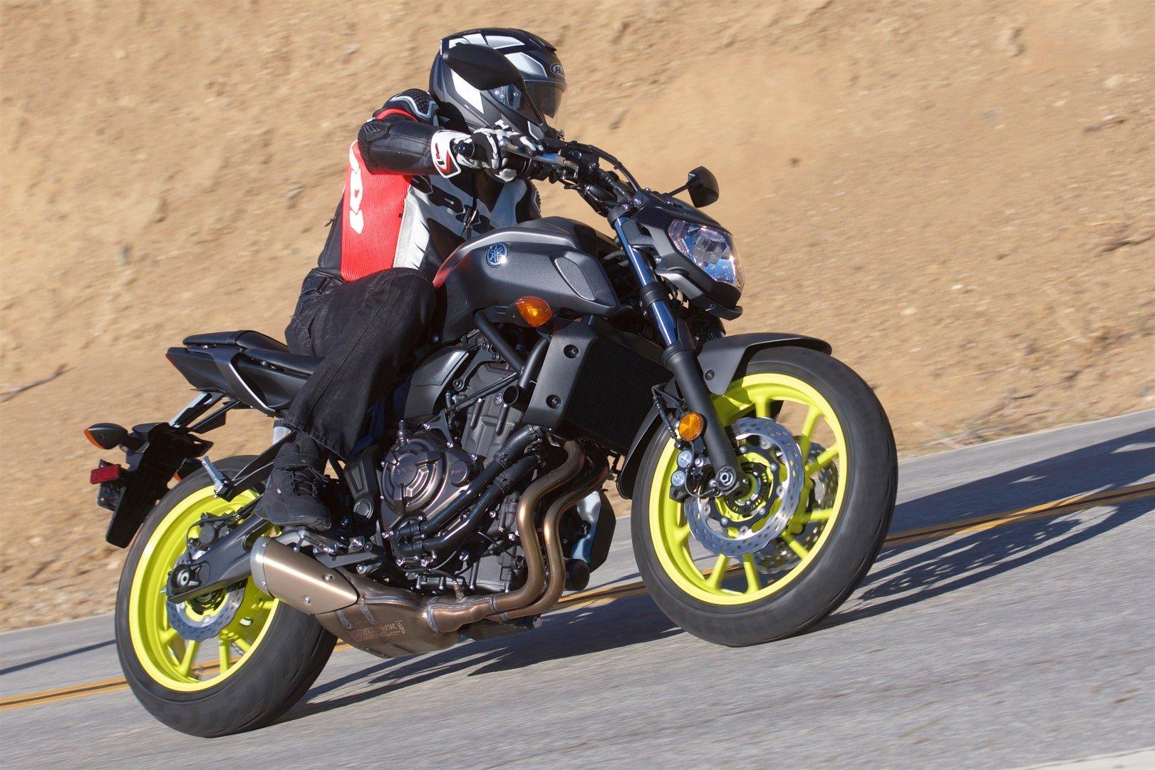2018 Yamaha MT-07 test