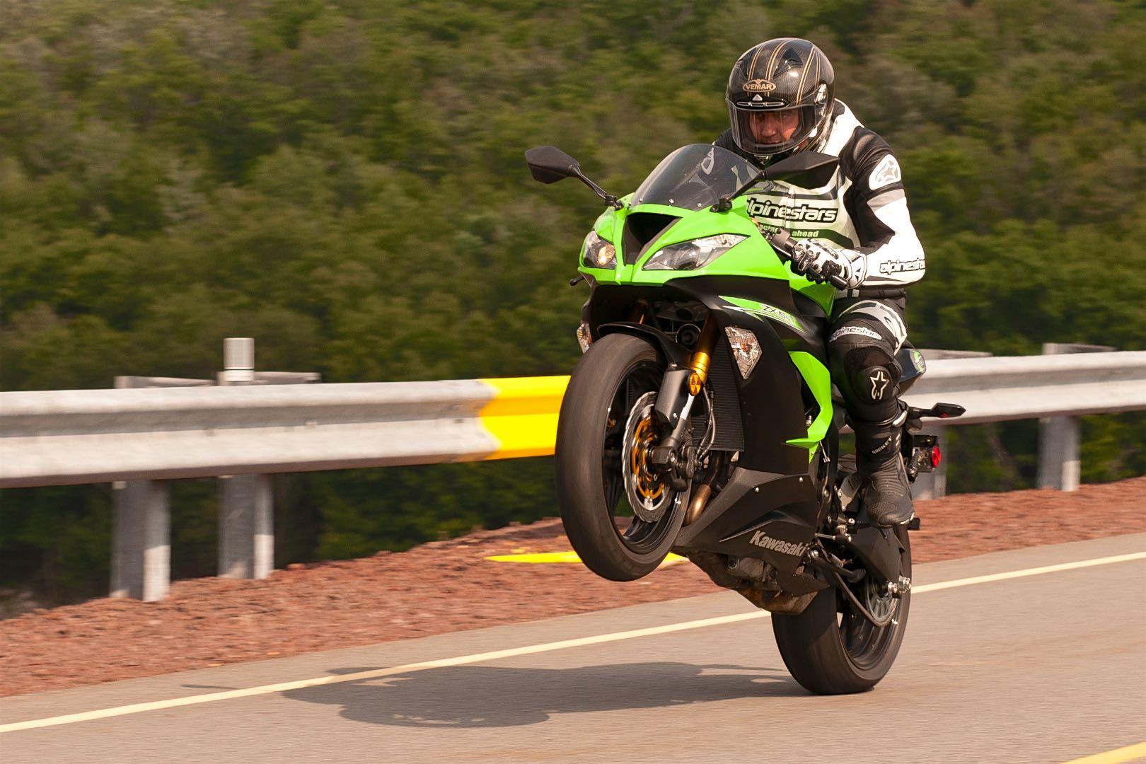 online motorcycle video wheelie