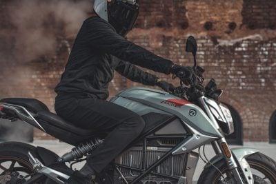 2019 Zero SR/F riding stance